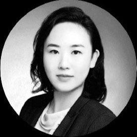 Alison Zhao Headshot
